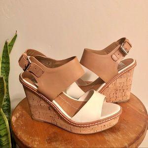 Dolce Vita Cream & Tan Wedge Sandals - Sz 6